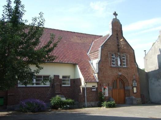 Eglise Sainte-Thérèse de l'Enfant-Jésus à Perbais